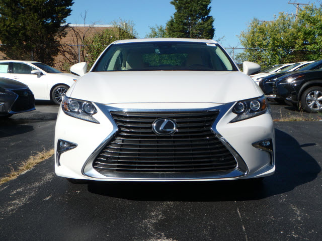 New Lexus Es Sdn Sedan In Schaumburg