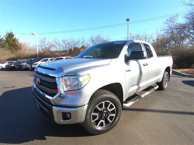 Pre-Owned 2014 Toyota Tundra SR5 TRD