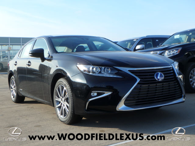 New 2018 Lexus ES 300h Base